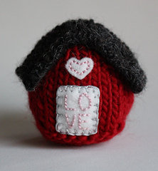 Red_love_house_2b_small