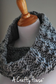 Ach_mid-december_cowl_001_small2