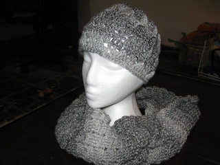 Hat_and_scarf_1_small2