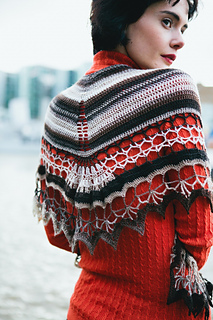 Hendrika_shawl_01_small2