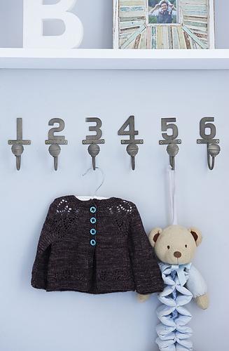 Yw51_patt_mailesweater_01_medium