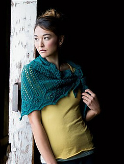 Verity_2d00_shawl