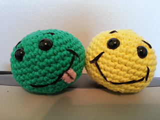 Amigurumi Face Ideas : Ravelry: Basic Beginner Amigurumi Smiley Face Ball pattern ...
