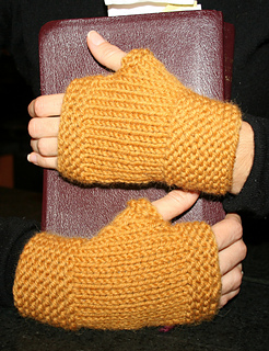 First_fingerless_003_small2