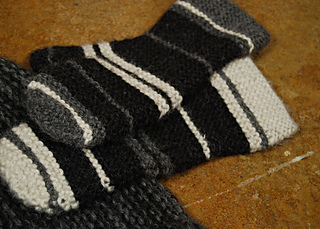 Mitts_warmers_grayden_mitts1_small2