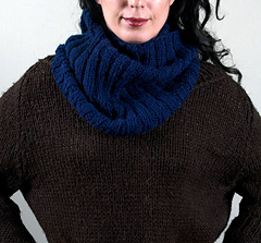 Scarves_janycecollar1_small