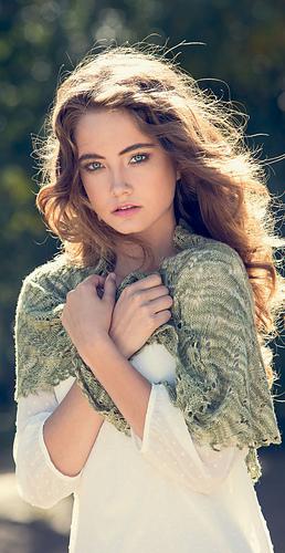 Mallory-hills-shawlette_medium