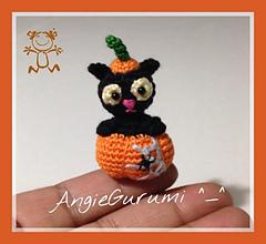 Little_cat_pumpkink_mio_small