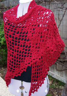 Hollyberry_shawl_010_cropped_flckr_3_small2