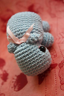 Amigurumi_hippo_pattern_handmade_toys_small2