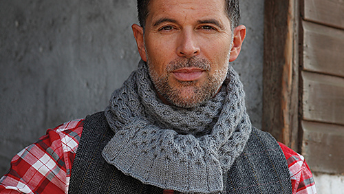 Sam_cable_scarf_1_medium