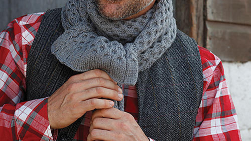 Sam_cable_scarf_2_medium