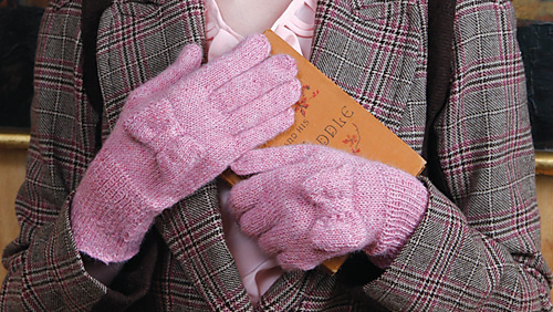 Melodie_gloves_2_medium