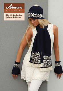 Hayley_mitten_and_scarf_small2
