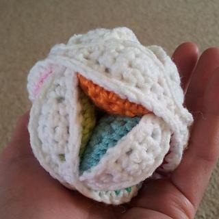 Mini_crochet_amish_puzzle_ball__4__small2