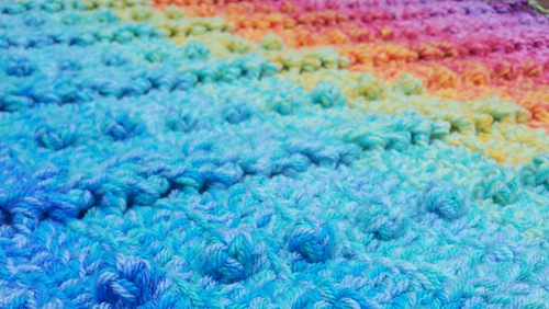 Cable_and_bobble_stitch_blanket_medium