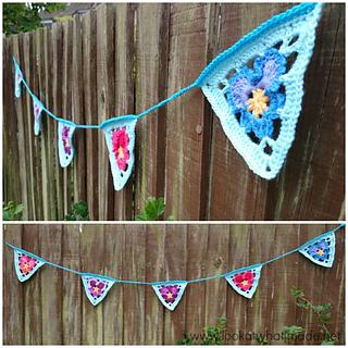 Crochet_pansy_bunting_pattern_small2