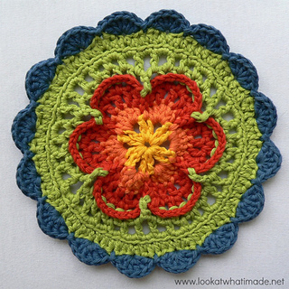 Sophie_s_mandala_part_1_small_small2