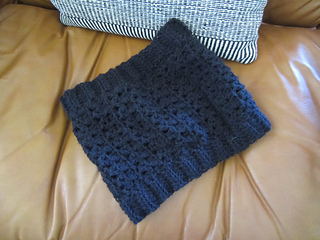 Fuzzy_cowl_small2