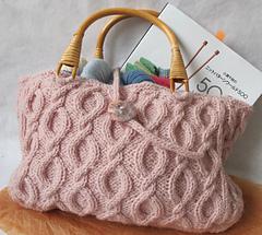 Cabled_handbag_001_small