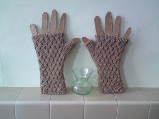 Lattice_mitts_002_small2