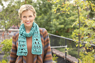 Lw3304_broomstick_scarf_069_inset_small2
