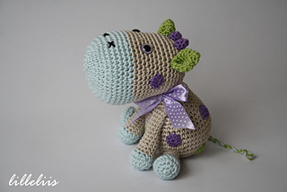 Amigurumi_cow_pattern__1__small2