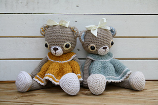 Old-fashioned_teddy_bear_pattern__1__small2