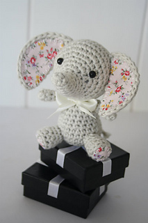 Luck_elephant_crochet_pattern__2__small2