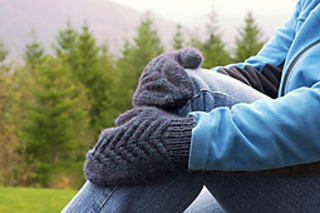Snoqualmie-point-mittens-and-cailyn-014-800x600_small2