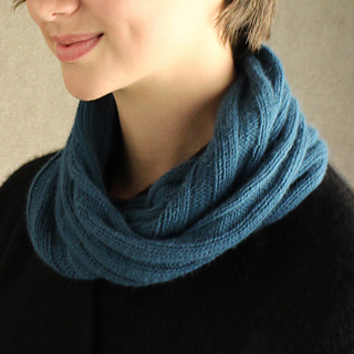 Cowl-cropped_small2