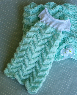 Mint_Spring_Gown_and_Blanket_small2.jpg