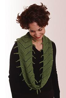 Green_arrow_lace_small2
