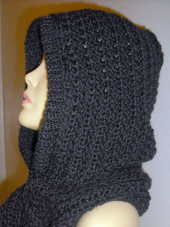 Character_crochet_hooded_scarf_641_small2