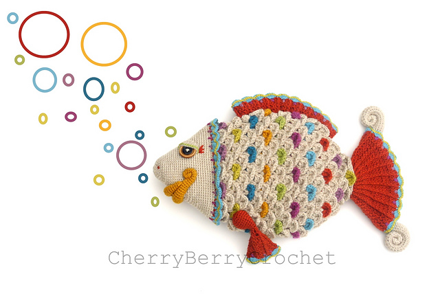 Rainbow Fish par Cherry Berry Crochet
