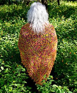 Pdf-py-021-fireice-shawl_02_small2