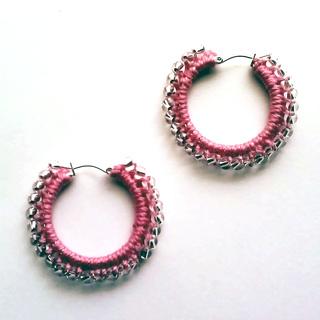 Crochet-beaded-earrings-pink_small2