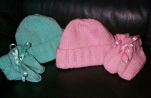 Hats_and_booties_1__23_01_2003_medium