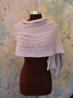 Arlette_shawl_for_louet__front_small2