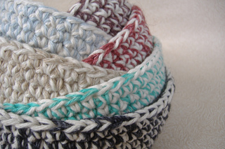 Mixed_up_colors_six_nesting_bowls_2_small2