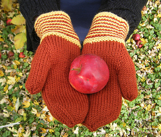 Rust_and_gold_mittens_600_small2