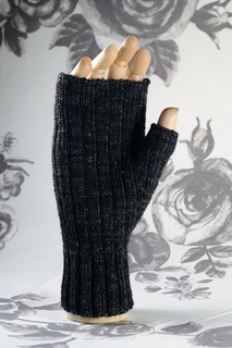 Ribbed_mitts_thumb_small2