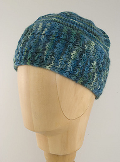 Horseshoe-cable-hat-etsy_small2