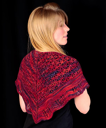 Barefoot and Bordeaux Shawlette PDF