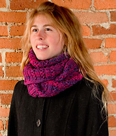 Winter Berry Cowl PDF