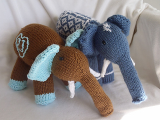 Stanascrittersetc_elmer_and_baby_elephant_small2