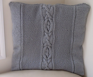 Stanascrittersetc_cabled_pillow_with_heart_small2