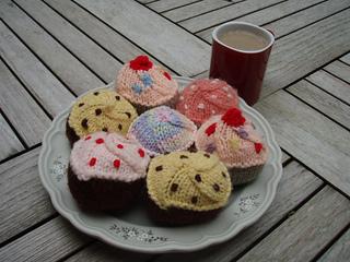 Stanascrittersetc_cupcakes_small2