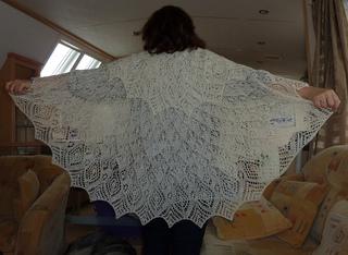 Anna_s_shawl_2_small2