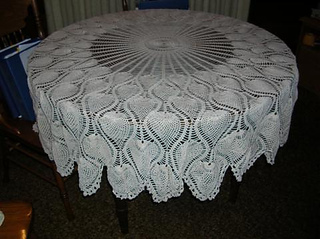 Round_tablecloth_small2